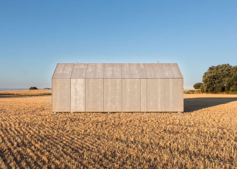 dezeen_Casa-Transportable-APH80-by-Abaton_ss_4